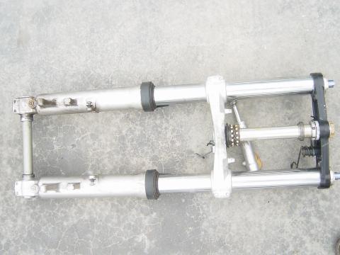 01-03 Suzuki GSXR 600 Forks, Steering Stem, Upper and Lower